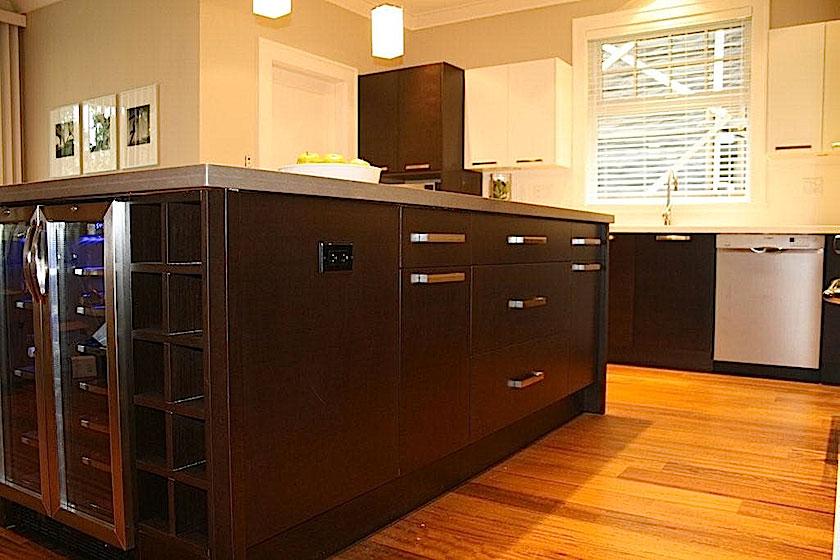Custom designed kitchens for Kitchen cabinets quebec